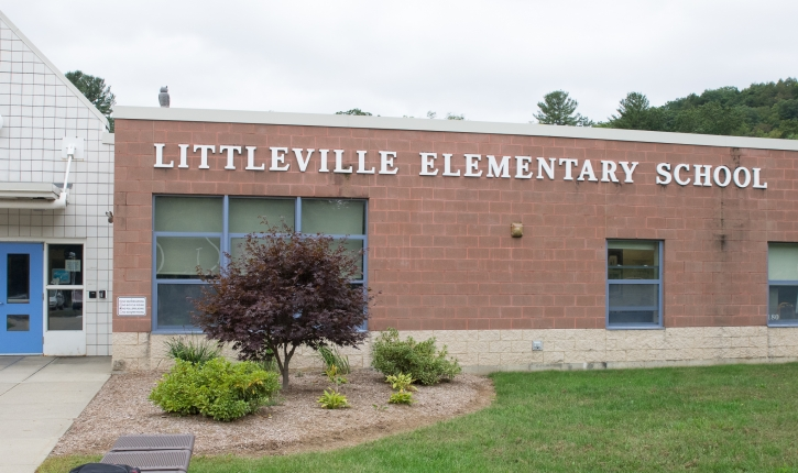 Finck & Perras joins with Link to Libraries to bring books to Littleville Elementary School photo